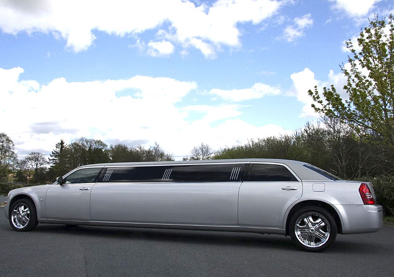 Wedding limousine in Glasgow and East Kilbride