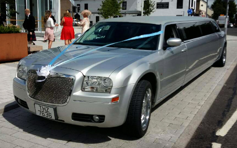 silver limo wedding car hire in paisley