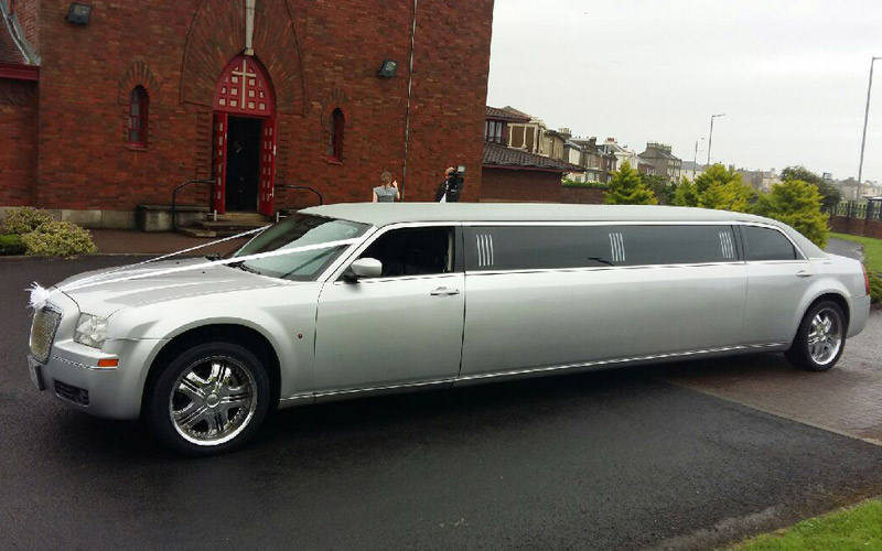 Our stunning silver limousine available throughout glasgow, paisley, renfrewshire and barrhead