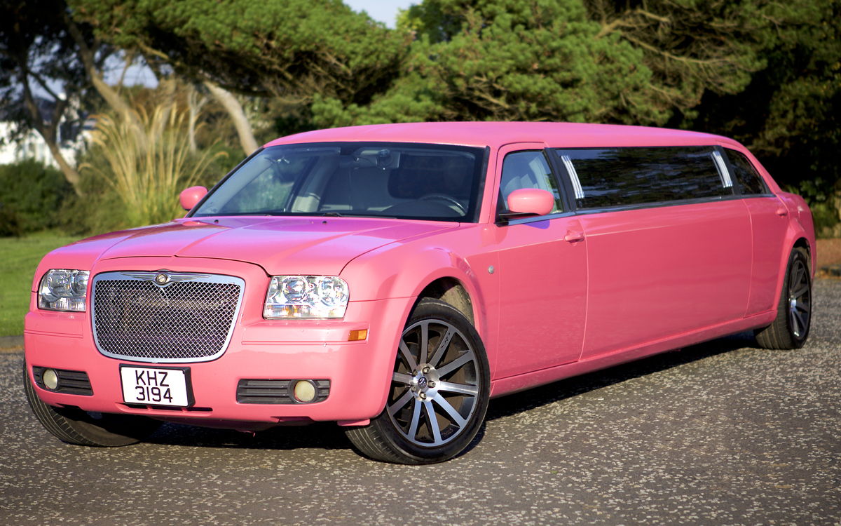 pink limo hire for weddings in glasgow and east kilbride